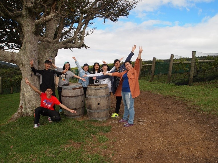 New Zealand Winery tour for F&B students